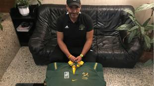 Aitor Etxebarria, con la camiseta de los Sringboks que intercambió en...