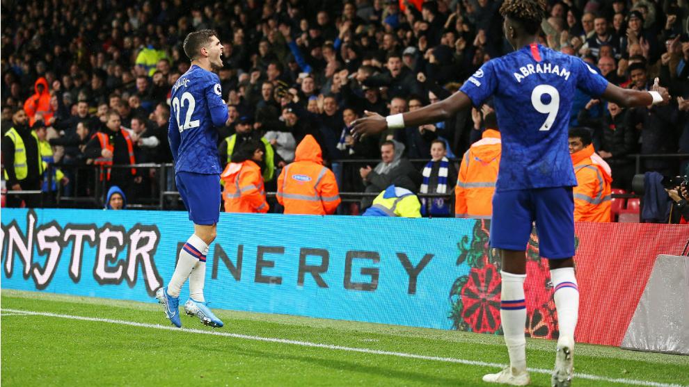 Los jugadores del Chelsea celebran un gol al Watford