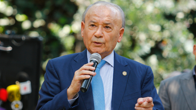 Billy Álvarez comentó que hay candidatos a la dirección deportiva.