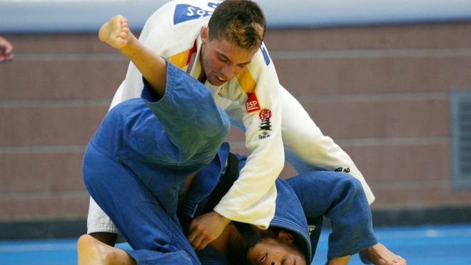 Fran Garrigós durante un combate en los Juegos Mediterráneos de...