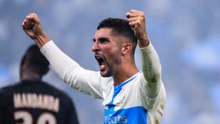 Álvaro González celebra un gol logrado por el Marsella.