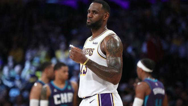 LeBron James, un ejemplo de solidaridad en la NBA