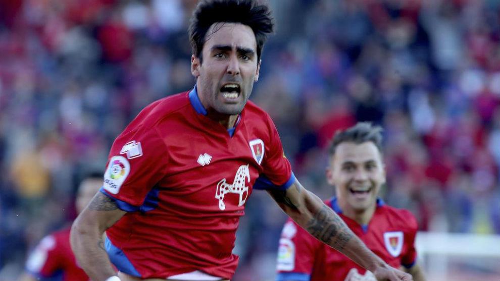 Escassi celebra con rabia un gol en Los Pajaritos