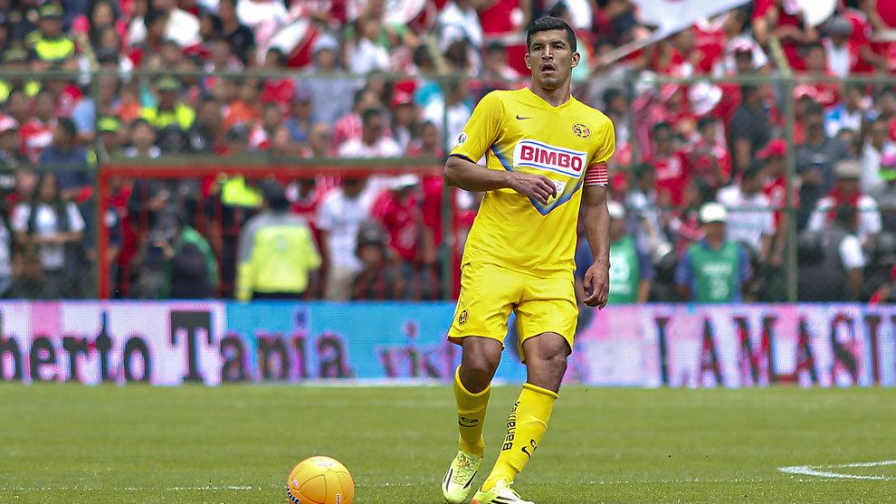 Maza Rodríguez durante el partido ante Toluca del Clausura 2014