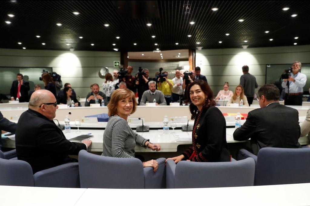 Yolanda Valdeolivas y María José Rienda, en el Ministerio.