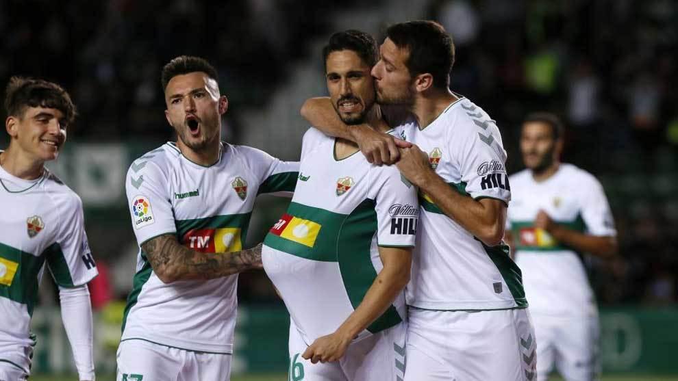 Fidel celebra el gol de penalti.