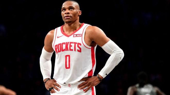 Russell Westbrook empieza a ser discutido en los Rockets