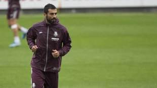 Albiol, durante un entrenamiento con el Villarreal.