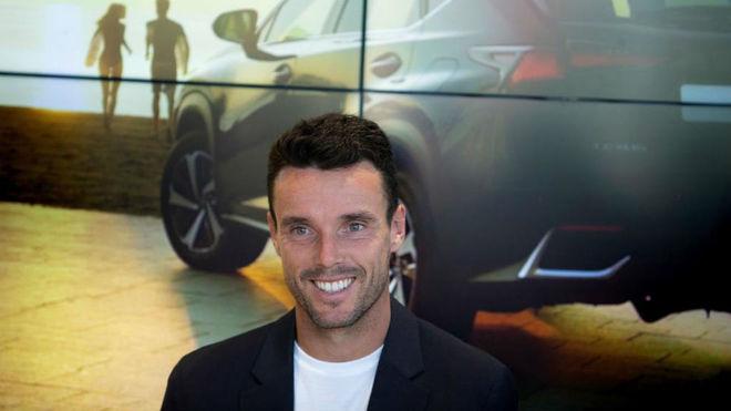 Bautista en la sede de Lexus en Castellón