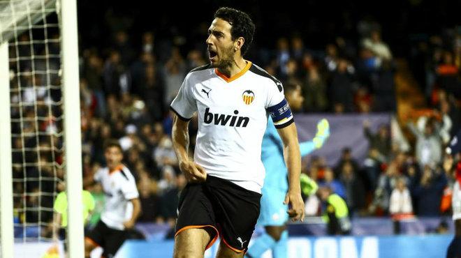 Parejo celebra el gol que anotó ante el Lille en Champions.