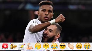 Rodrygo se abraza con Benzema