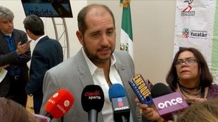 Jorge Haro dando declaraciones.