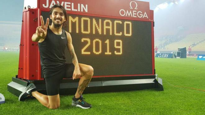 Fernando Carro posa en Mónaco tras batir el récord de España de los...