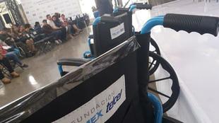 El programa de salud permitió la entrega de 30 sillas de ruedas.