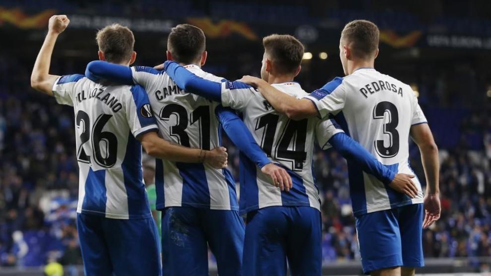 Los jugadores del Espanyol celebran el triunfo