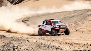 Fernando Alonso y Marc Coma siguen progresando en el Ula-Neom Rally.