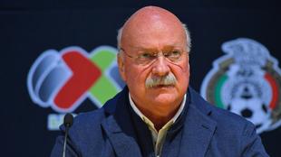 Enrique Bonilla no reconoce a Garcés como directivo de Cruz Azul.
