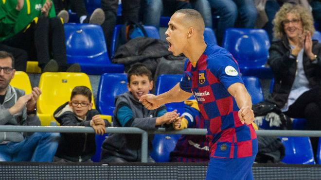 Ferrao celebra su gol frente al Pescados Rubén Burela.