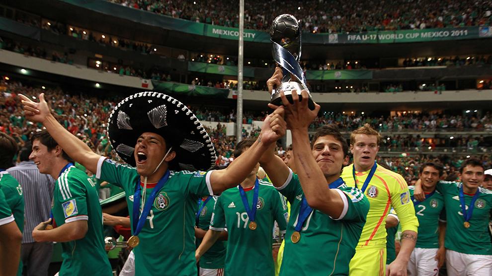 El Tricolor sub 17 festejó a lo grande ante su afición en el Azteca.