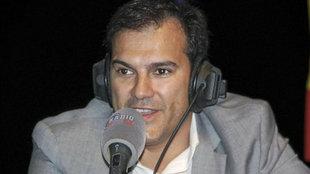 Vicente Casado atiende a los micrófonos de Radio MARCA.
