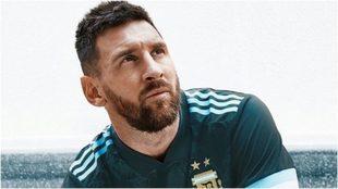 Messi con la playera de la selección argentina.