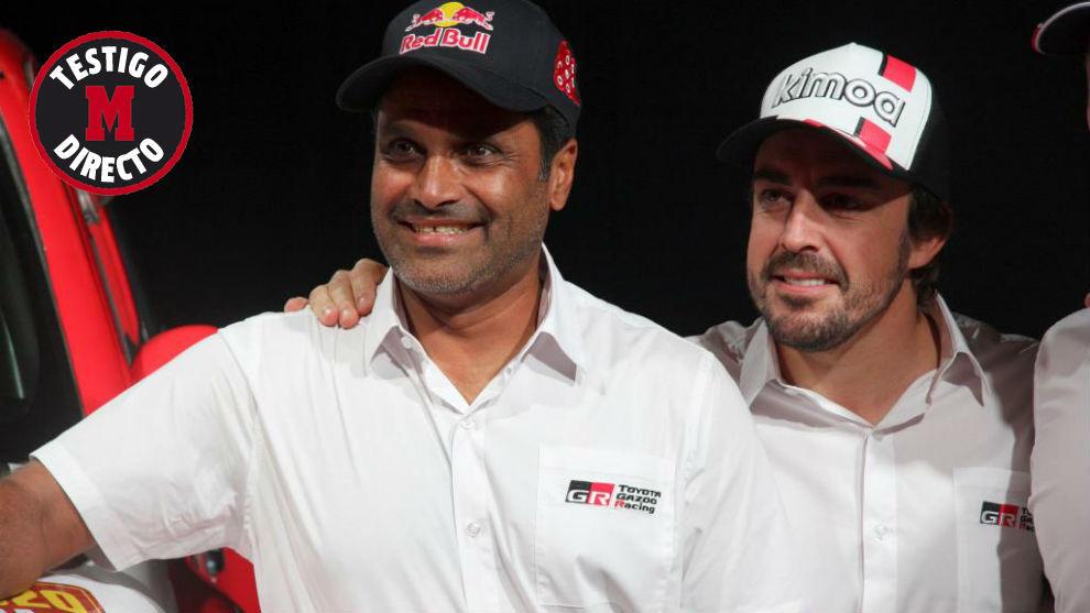 Al-Attiyah y Alonso, durante la presentación del equipo Toyota del...