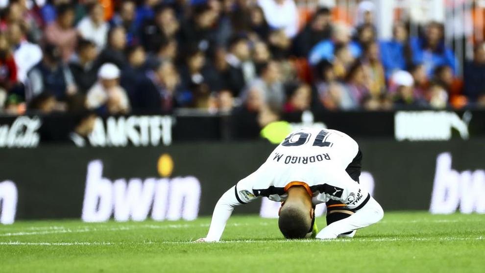 Rodrigo causó baja en la convocatoria de la Selección por poblemas en las espalda.