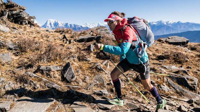 Anna Comet, en la segunda etapa de la Everest Trail.
