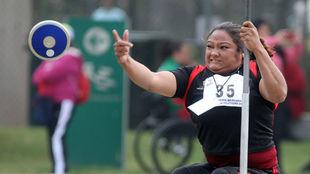 Gloria Zarza gana bronce y plaza paralímpica en el Mundial de Para...