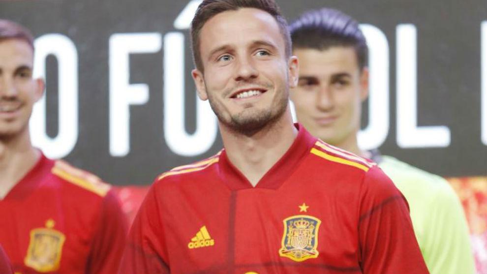 Saúl Ñiguez en la concentración con España.