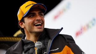 Carlos Sainz, durante un acto con McLaren.