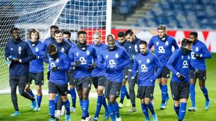Los jugadores del Porto en un entrenamiento