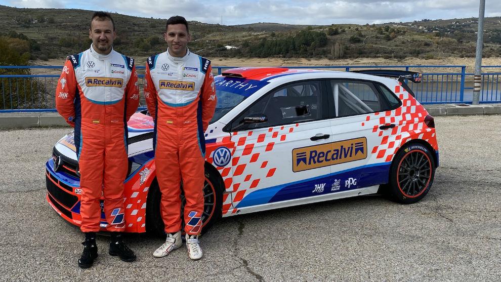 El campeón de España de 2016 (29 años) y su nuevo copiloto, Mario...