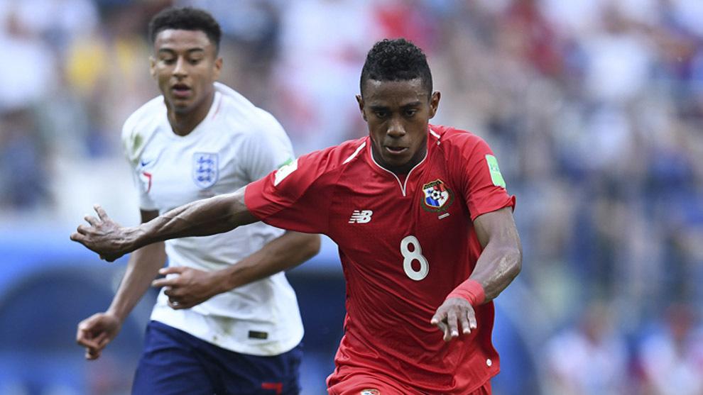 Edgar Yoel Bárcenas en partido con Panamá