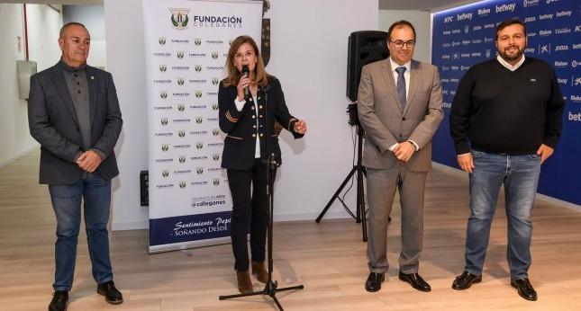 Victoria Pavón, presidenta del Leganés, durante la presentación del acuerdo.