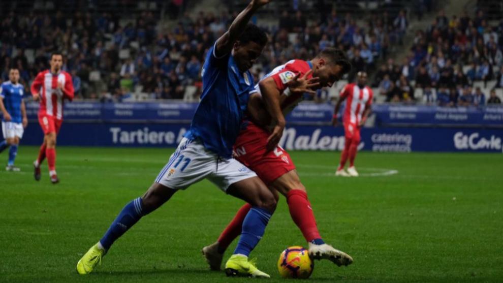 Afición de Sporting y Oviedo, hermanadas por un mismo motivo: las horas de espera del derbi asturiano - MARCA.com