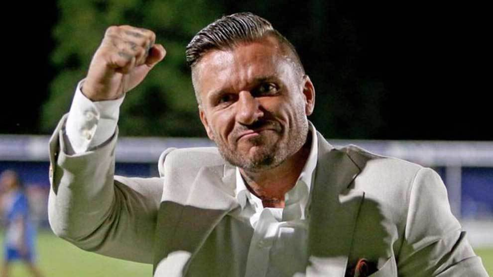 Glenn Tamplin, el multimillonario que acaba de comprar el Romford FC...