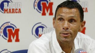 Gustavo Poyet (51), en una entrevista en Radio MARCA en 2016.