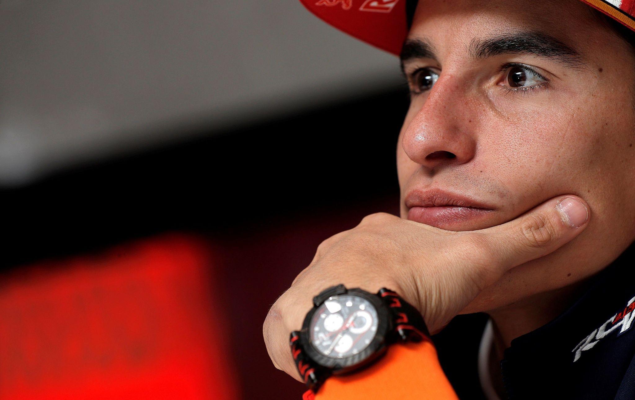 4. CHESTE, 14/11/2019.- El campeón del mundo de MotoGP, <HIT>Marc</HIT><HIT>Márquez</HIT>, durante la entrevista que ha concedido a la Agencia EFE en el circuito Ricardo Tormo de Cheste, donde este fin de semana se disputa la última prueba del mundial el Gran Premio Motul Comunitat Valenciana. EFE/Manuel Bruque