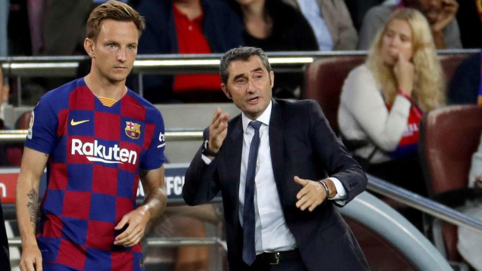 Rakitic con Valverde en un partido de esta temporada.