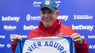 Javier Aguirre el día de su presentación como nuevo entrenador del...