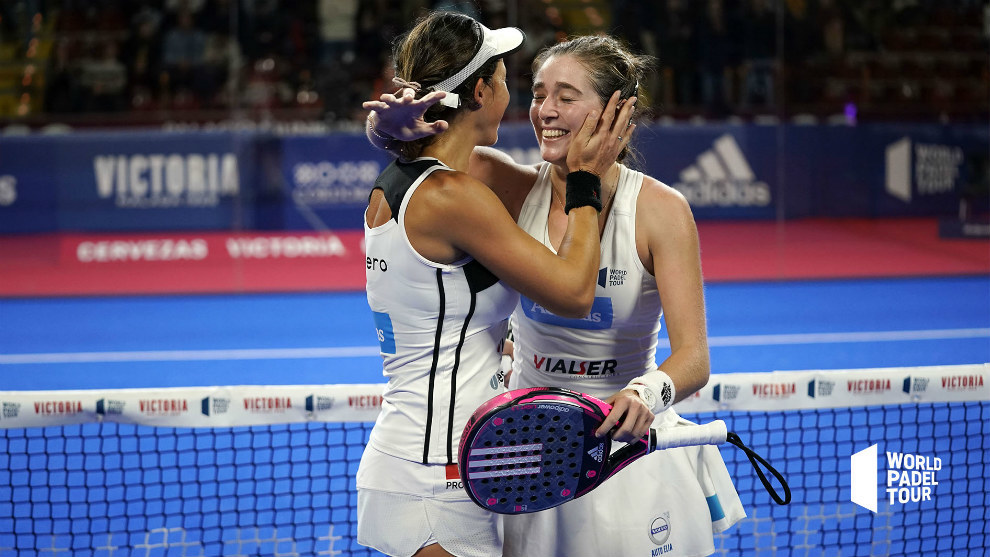 Marta Ortega y Marta Marrero celebran su triunfo