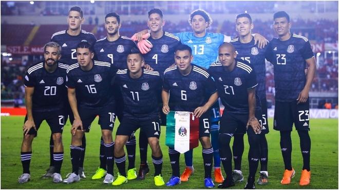 México golea a Panamá en el Rommel Fernández
