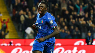 Moise Kean, celebrando un gol con Italia.