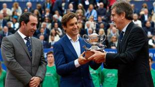 Ferrer, junto a Albert Costa y Jordi Cambra, en el último Godó