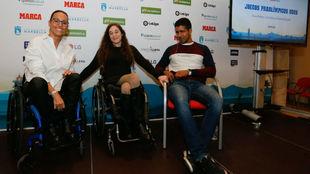 Teresa Perales, Loida Zabala y Enhamed Enhamed, en el acto de...