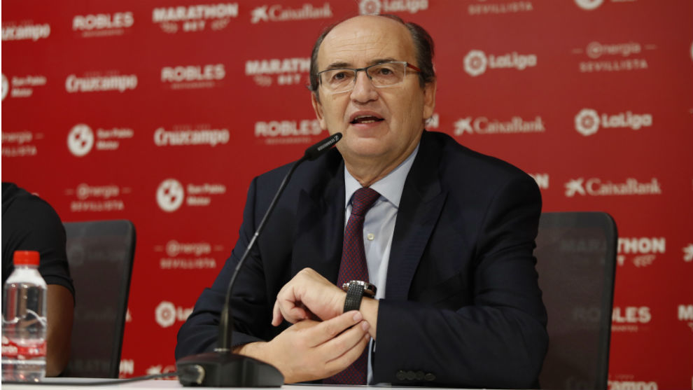 El presidente sevillista José Castro (61), en sala de prensa.