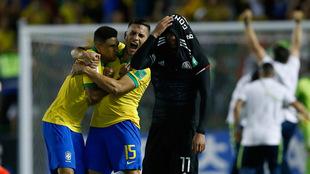Festejo eufórico de los seleccionados juveniles brasileños.