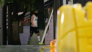 Rodrigo reaparece en el entrenamiento de este lunes en Paterna.