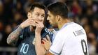 Messi y Suárez durante un lance del partido